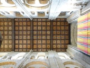 Norra korsarmens tak troligen från 1100-talet.